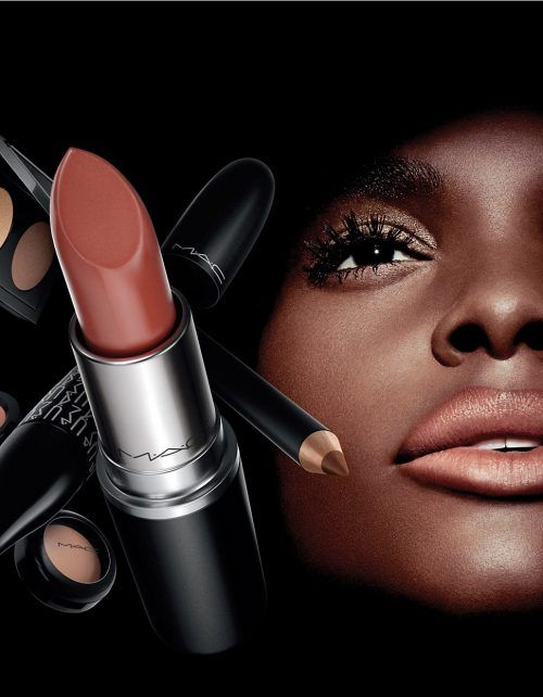 Hudsons Bay Canada Deals Save 10 Off Beauty Promo Code Mac Look In A Box Deals 135 Value Http Www Lavahotdeals Mac Looks Beauty Bay Promo Code Lipstick