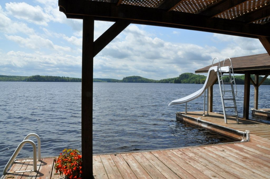 The only problem about your stay at this cottage is you won't be ready to leave!