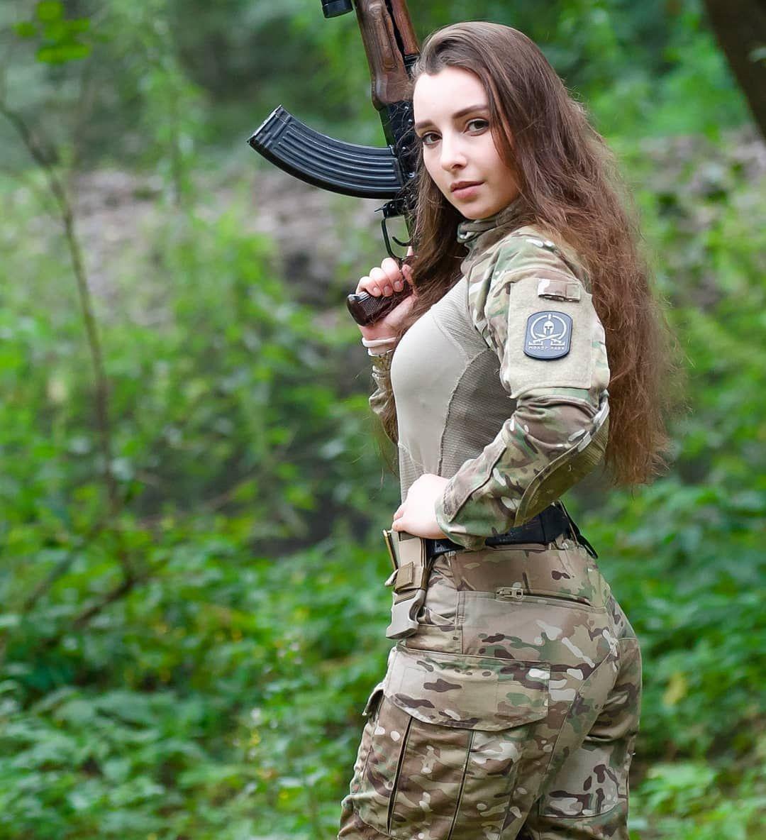 british-army-girl-hot