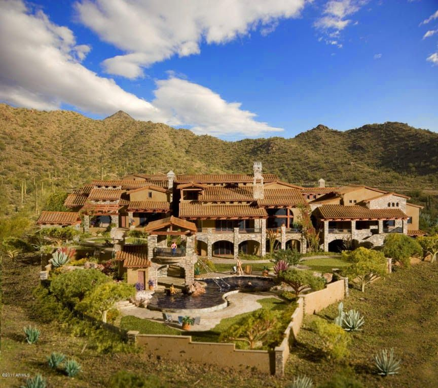 Luxury Arizona Mansions For Sale In Paradise Valley Arizona With Over 20 Years Of Experience In Helpi Mansions Mega Mansions For Sale Luxury Mansions For Sale