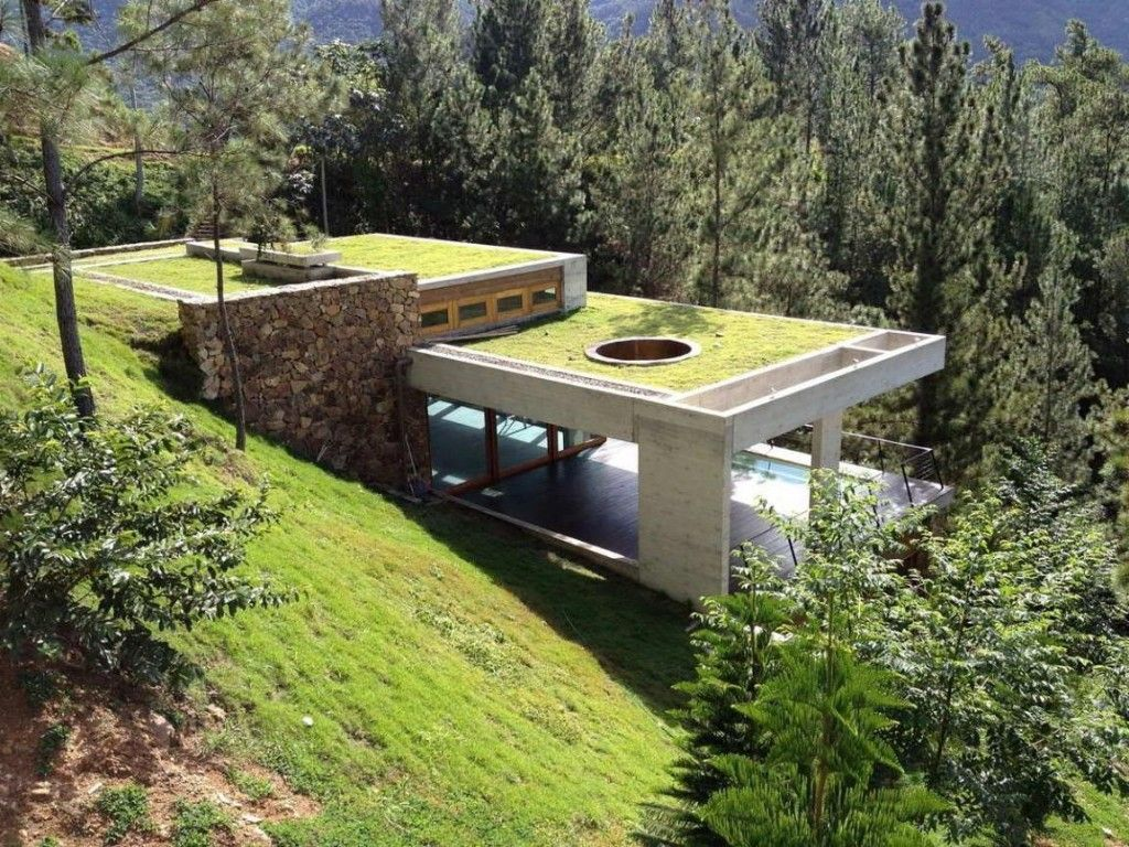 Wonderful Modern Mountain Home With Glass Concrete As Well Green Grass The Top Roofs As Well Elegant Poo Architecture House Underground Homes Roof Architecture