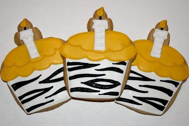 zebra print cupcake