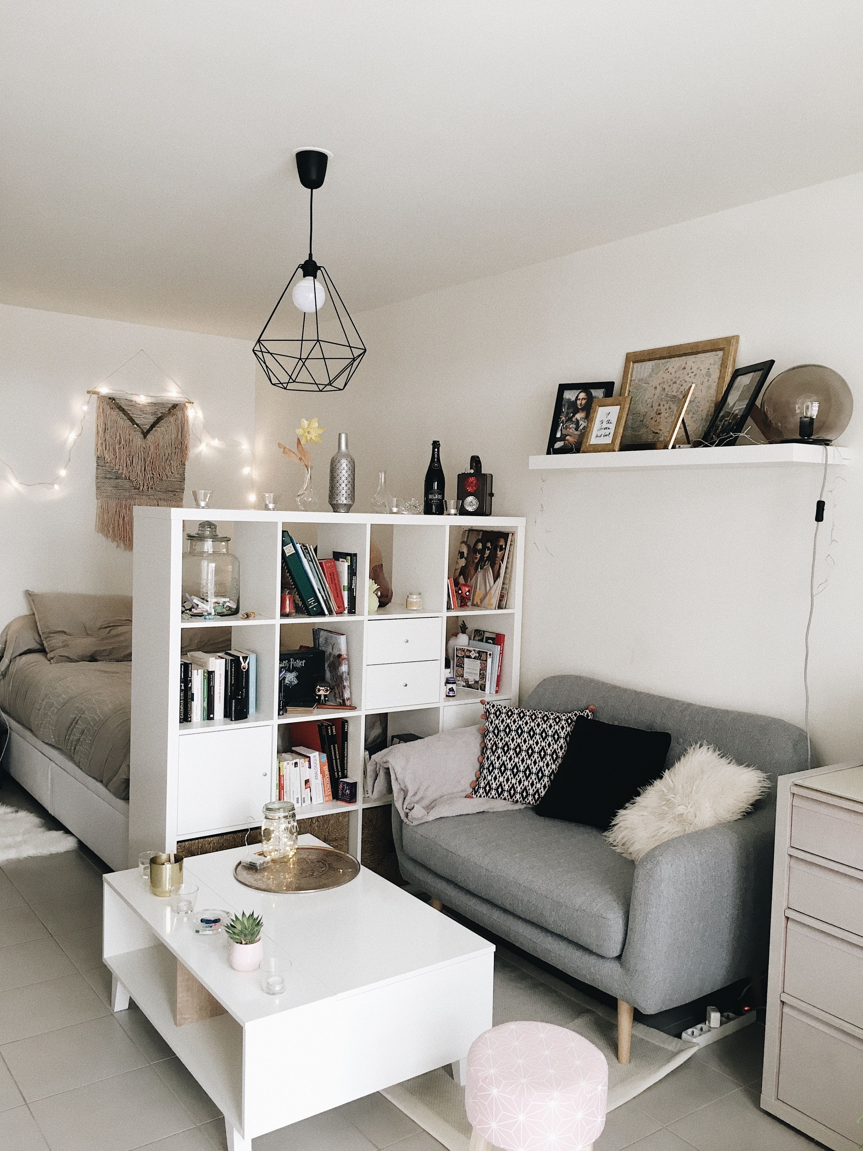 42 Minimalist Apartment Studio Decorating Ideas Studio Apartments Are Becoming An Incre In 2020 Apartment Room Small Apartment Decorating Studio Apartment Decorating