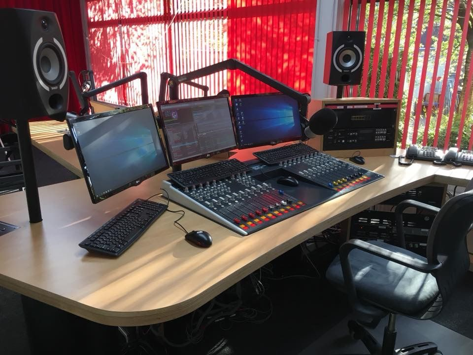 Regio 90 Nederland Internet Radio Station Radio Station Audio Studio