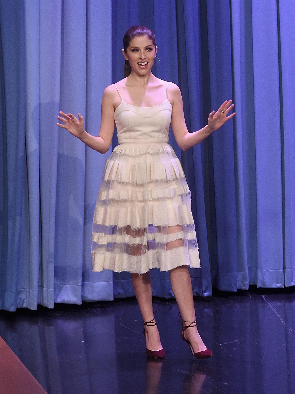 Anna Kendrick - The Tonight Show Starring Jimmy Fallon in NY - 10/28 ...