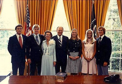 The Ford Family in the Oval Office prior to the swearing-in of Gerald R. Ford as President. August 9, 1974. (left to right) Jack, Steve, Betty, Gerald, Susan, Gayle, and Mike.