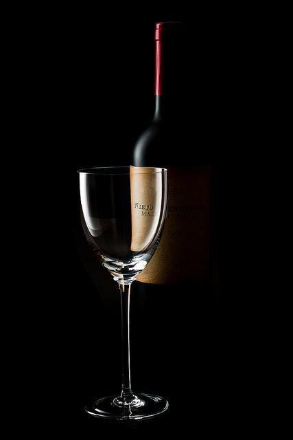 luizlaercio:  Wine on Flickr.