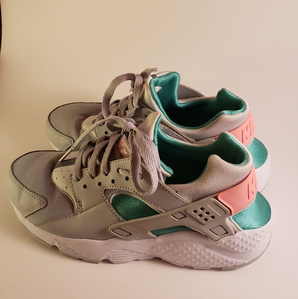 Womens Nike Huaraches South Beach Gray Pink Teal Nike Women
