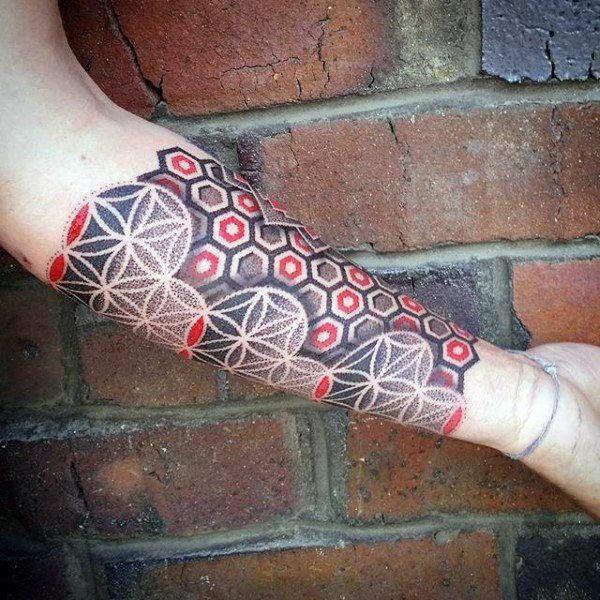 unterarm h lsen rot und schwarz dotwork m nner blume des lebens tattoo geometric tattoos. Black Bedroom Furniture Sets. Home Design Ideas