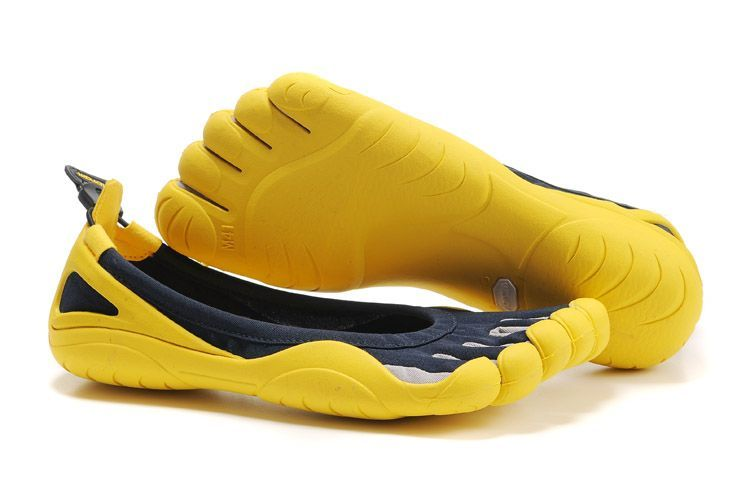 Vibram FiveFingers - Mens Running Shoe – BIKILA Minimalist Fitness Shoe    Vibram FiveFingers   My Style   Barefoot running shoes, Shoes, Running Shoes 76bdd432a04e