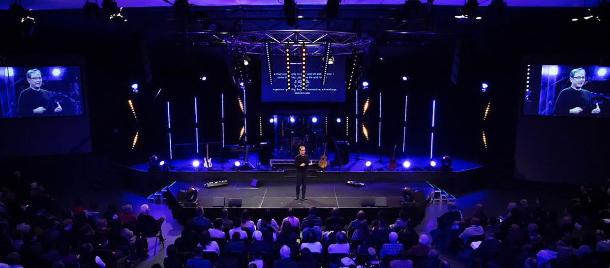 Troy Jansen From Citylife Church In Wantira South Australia Brings Us This Awesome Stage Lighting Set Stage Lighting Lighting Line Light