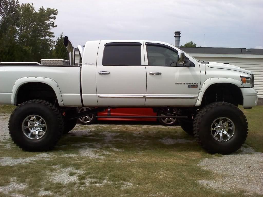 Lifted dodge trucks 2006 2500 mega cab mods 17 custom suspension lift