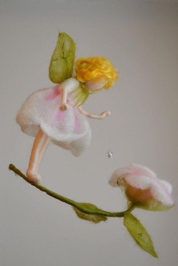 Flower Fairy Mobile Waldorf Inspirierte Nadel Felted Rose Marchen