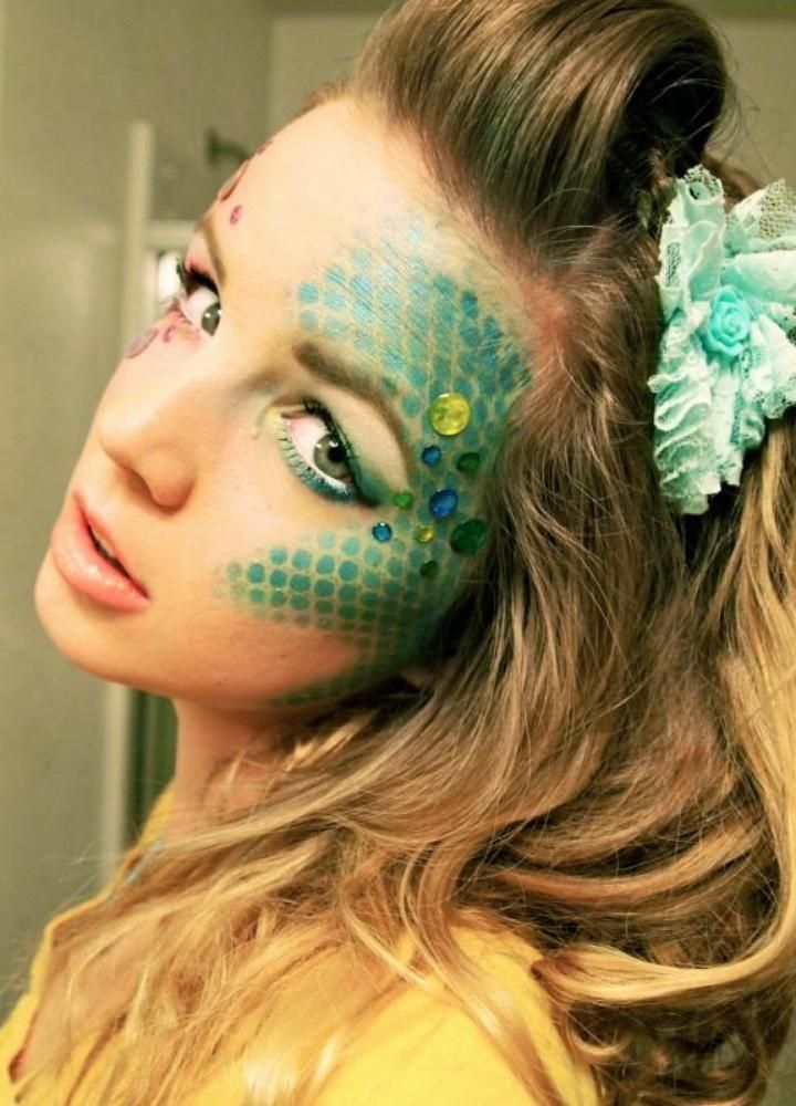Sea monster costume inspiration--DIY Halloween Makeup  Mermaid Makeup The BeShelled Femme or The Scaled Goddess  sc 1 st  Pinterest & 21 DIY Halloween Costume Ideas Thatu0027re Creative Cute u0026 Totally ...