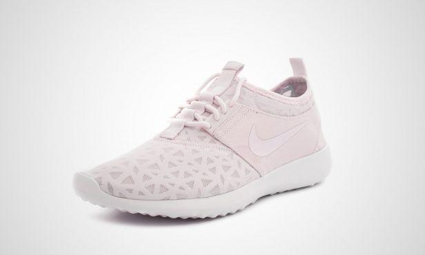 Nike WMNS Juvenate (rosa   weiß) - 724979-501   43einhalb sneaker store a86a630075