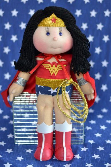 Boneca Mulher Maravilha