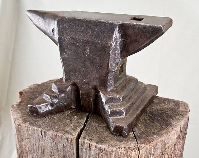 Anvil Museum Collection - Anvil, Highly Stepped base