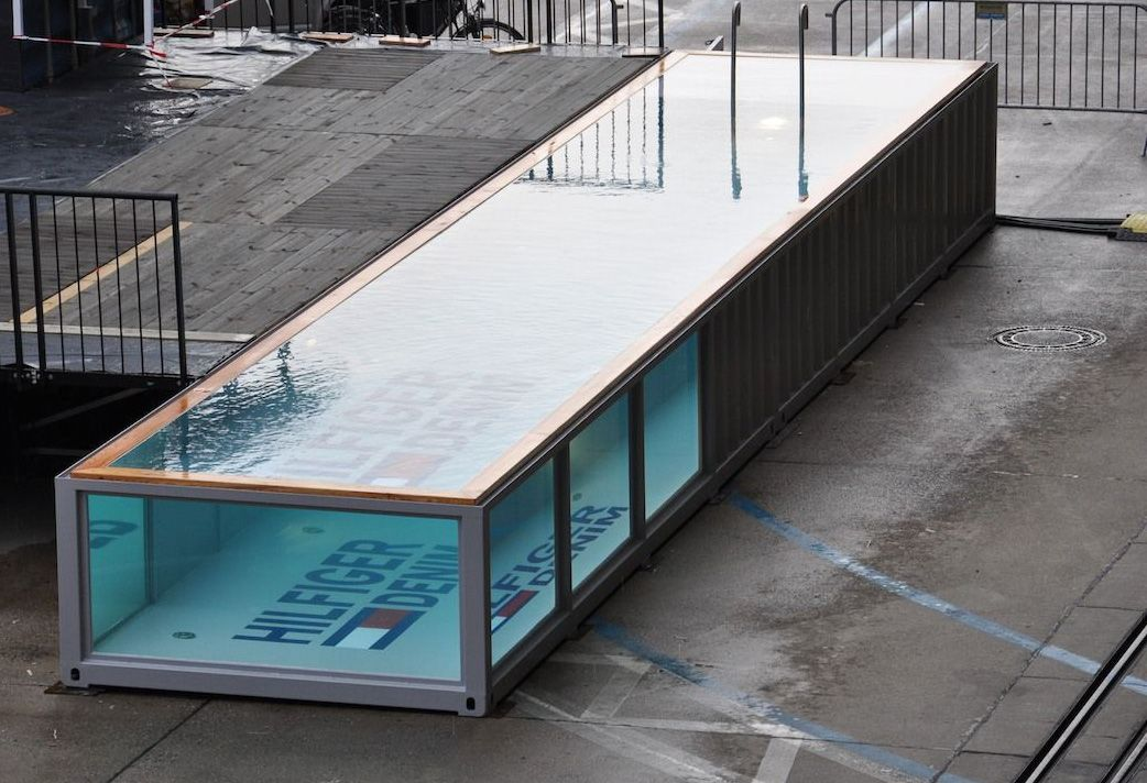 Containerpool Made From 40 Feet Container What 39 S In The
