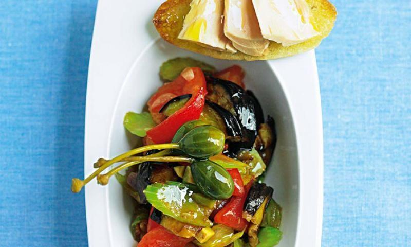 Auberginen-CaponataDas Rezept für Auberginen-Caponata von Sterneköchin Cornelia Poletto ist vegetarisch und köstlich!