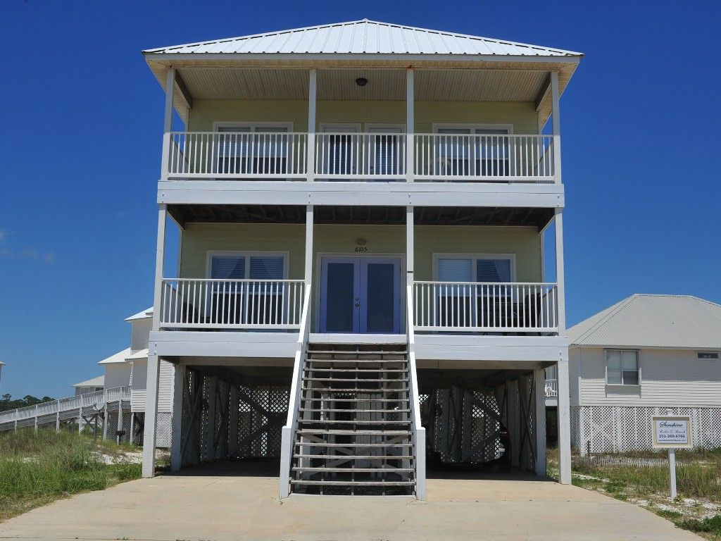 House Vacation Rental In Gulf Shores From Vrbo Com Vacation Rental Travel Vrbo House Rental Gulf Shores Alabama Vacation Rentals Vacation Rental