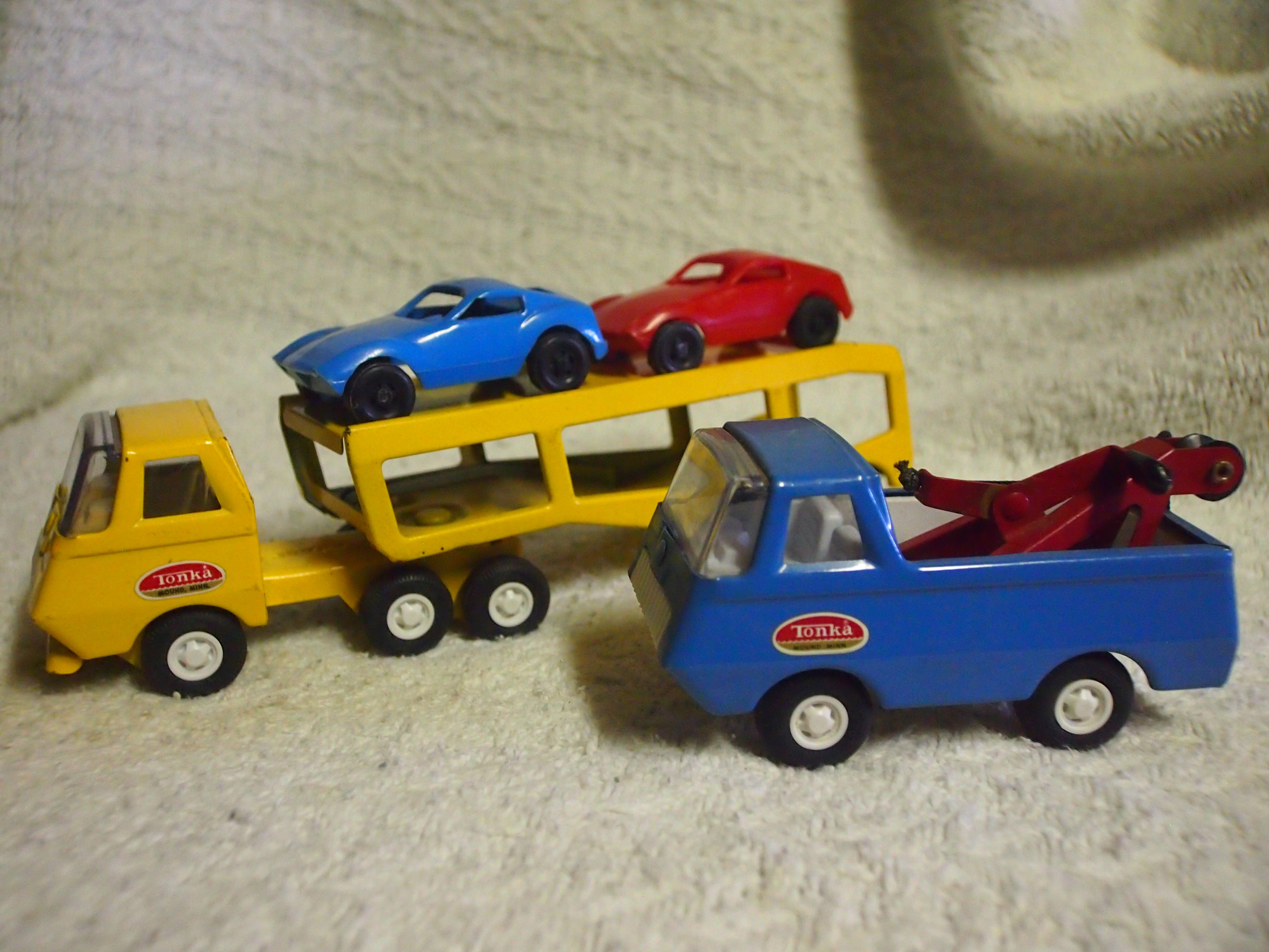 Tiny tonka car carrier 1st version made 2nd version of the tow truck