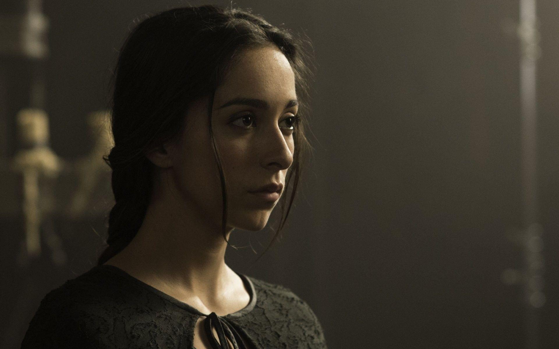 Oona Chaplin as Talisa Maegyr at Game of thrones. | Bellas ...
