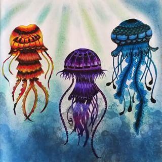 Inspirational Coloring Pages by Tatiane Cordeiro @tatianefmcordeiro   #inspiração #coloringbooks #livrosdecolorir #jardimsecreto #secretgarden #florestaencantada #enchantedforest #reinoanimal #animalkingdom #adultcoloring #johannabasford #lostocean #oceanoperdido