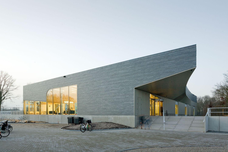 Gallery of 'De Heuvelrand' Voorthuizen Swimming Pool / Slangen+Koenis Architecten - 10