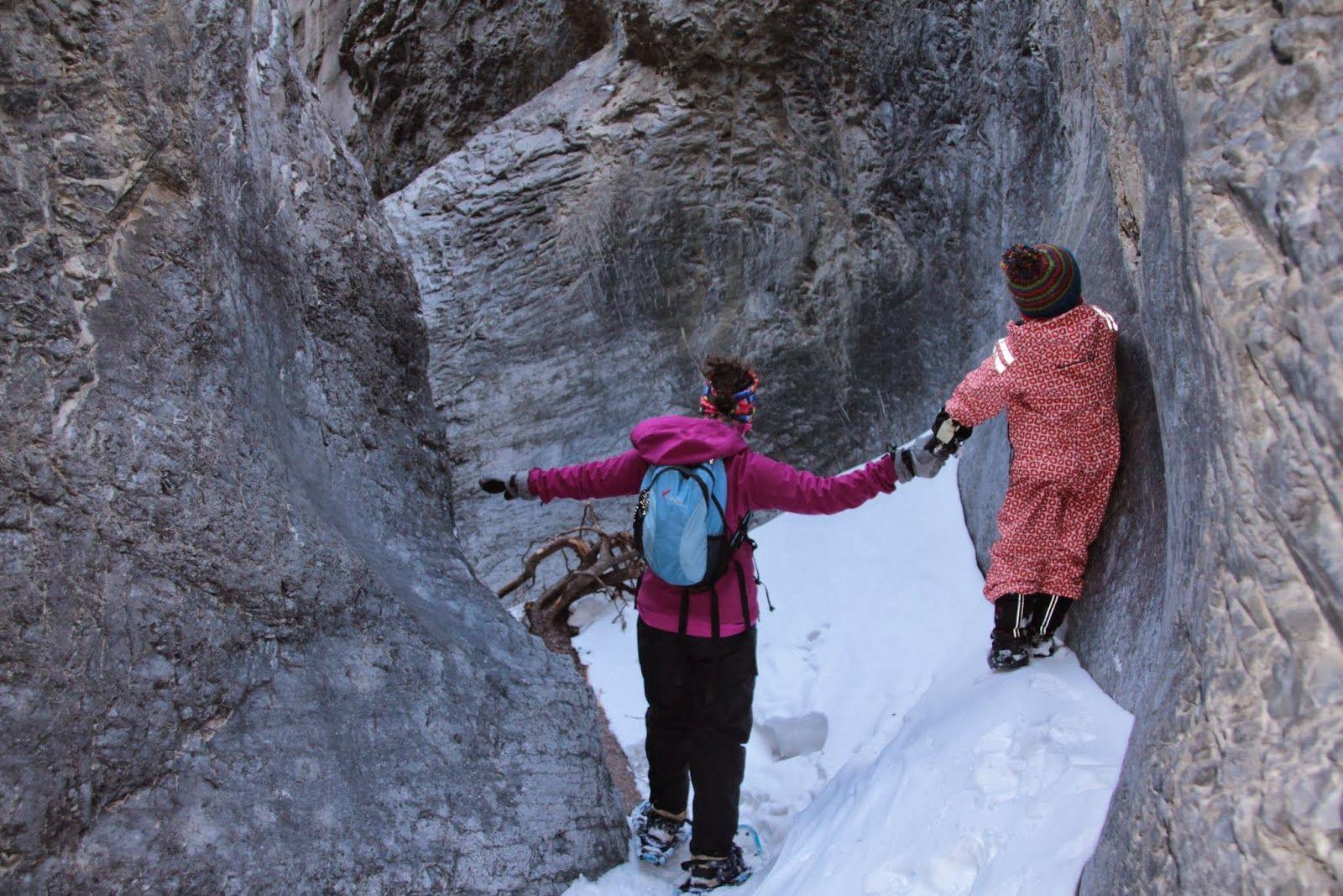Jura Creek - The Best Winter Hike in Kananaskis / Family ...
