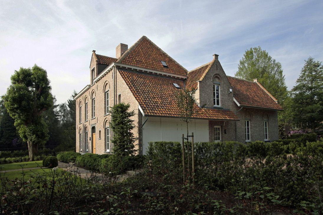 Klassieke pastorij met open interieur villabouw sels