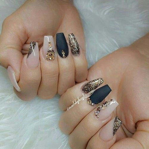 Acrylic Nail Designs Black And Gold