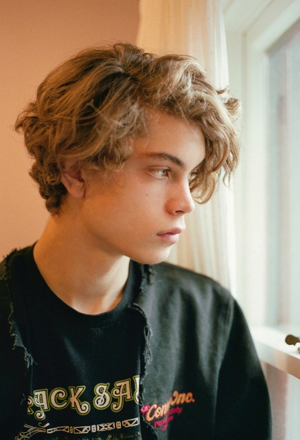 Blonde Boy With Green Eyes Google Search Hairstyles For Teenage Guys Boys With Curly Hair Boy Hairstyles
