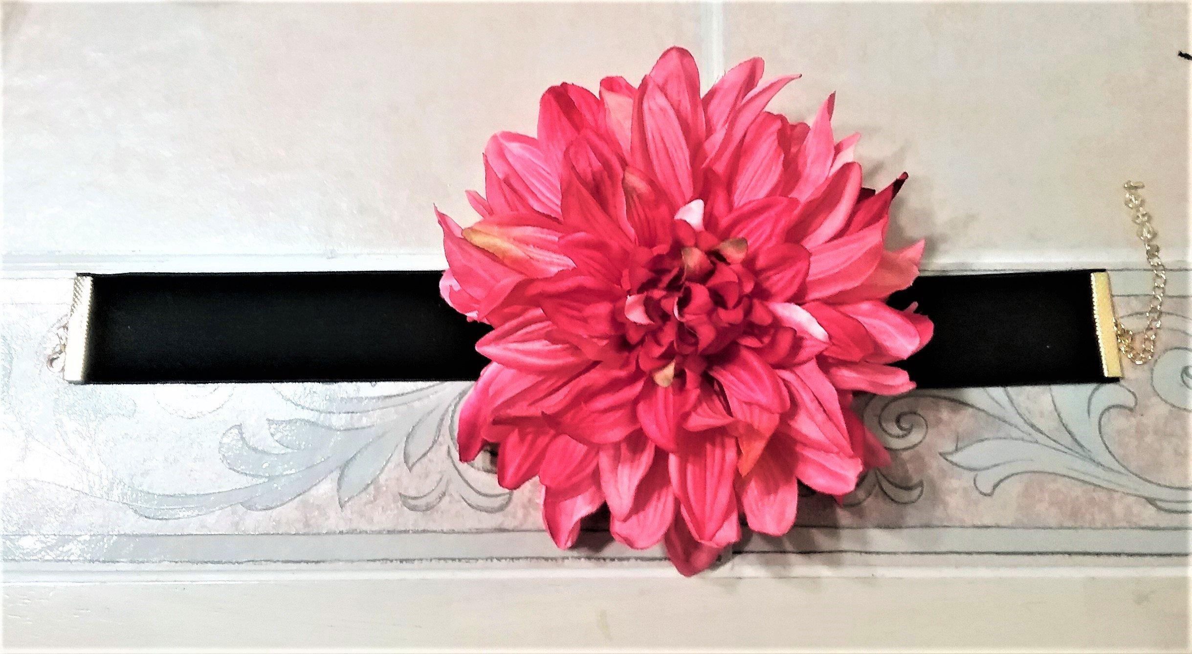 Dahlia Flower Choker, Large Big Flower Choker, Boho Flower
