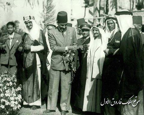 2a9722c0e70b8 الصورة لأحمد باشا حمزة .. يستضيف الأمير فيصل بن عبد العزيز آل سعود فى مزرعة