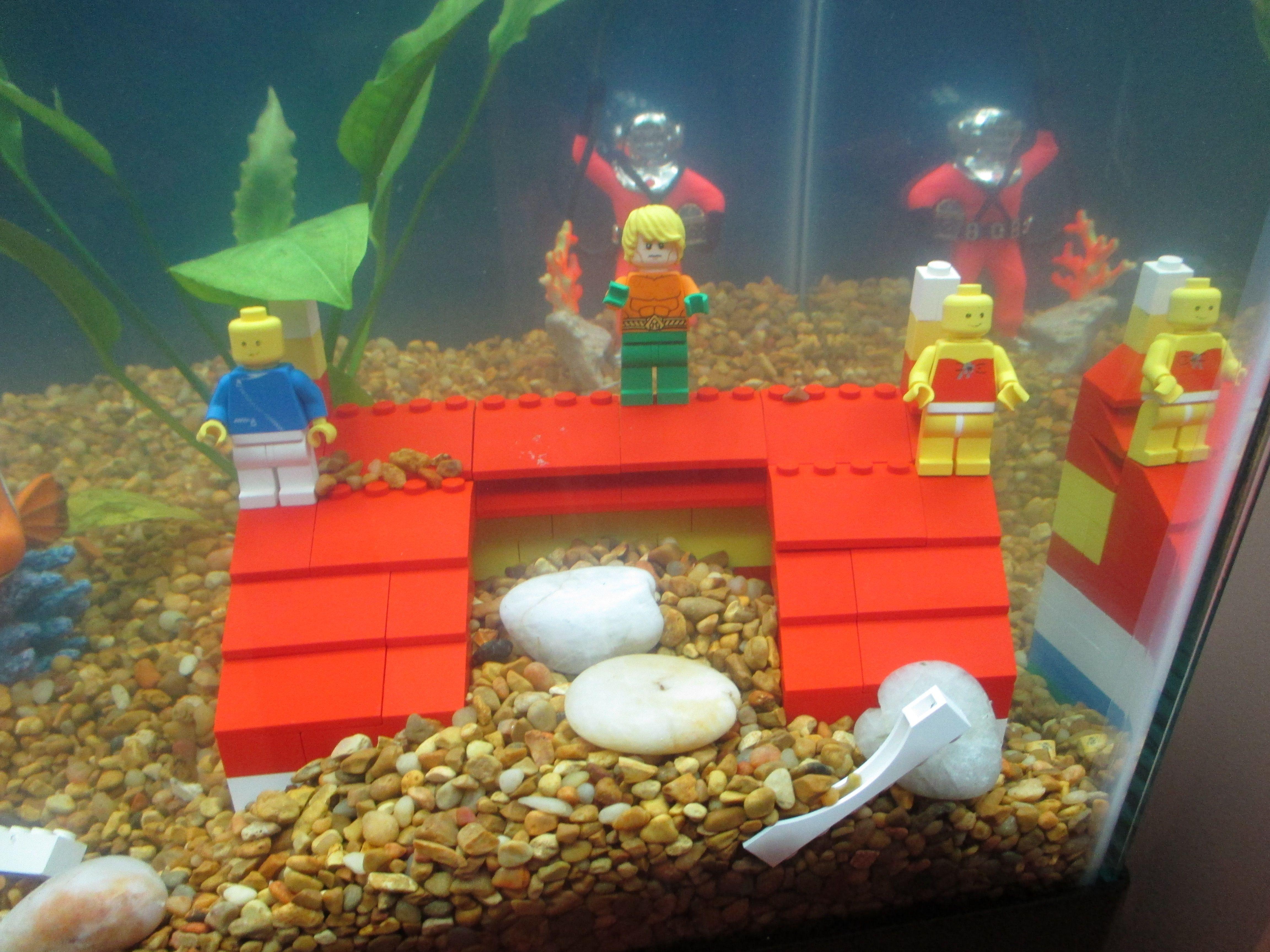 Fish Tank Has Lego House With Aquaman To Celebrate Lego
