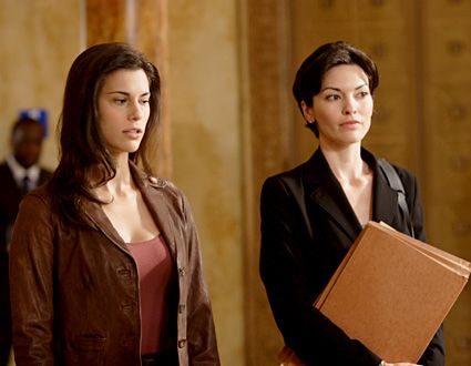 Law Order Season 17 Fame Milena Govich And Alana De La