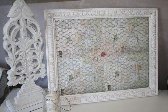 cadre pele mele en bois patin avec grillage a poule cadre pele mele bois patin et grillage. Black Bedroom Furniture Sets. Home Design Ideas