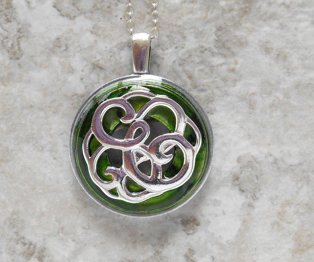 Celtic knot necklace unique gift celtic jewelry irish jewelry celtic knot necklace unique gift celtic jewelry irish jewelry mystic knot mozeypictures Image collections