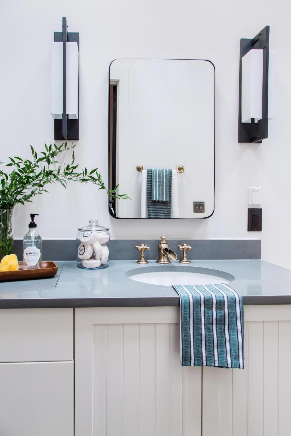 Pictures of the HGTV Smart Home 2018 Master Bathroom