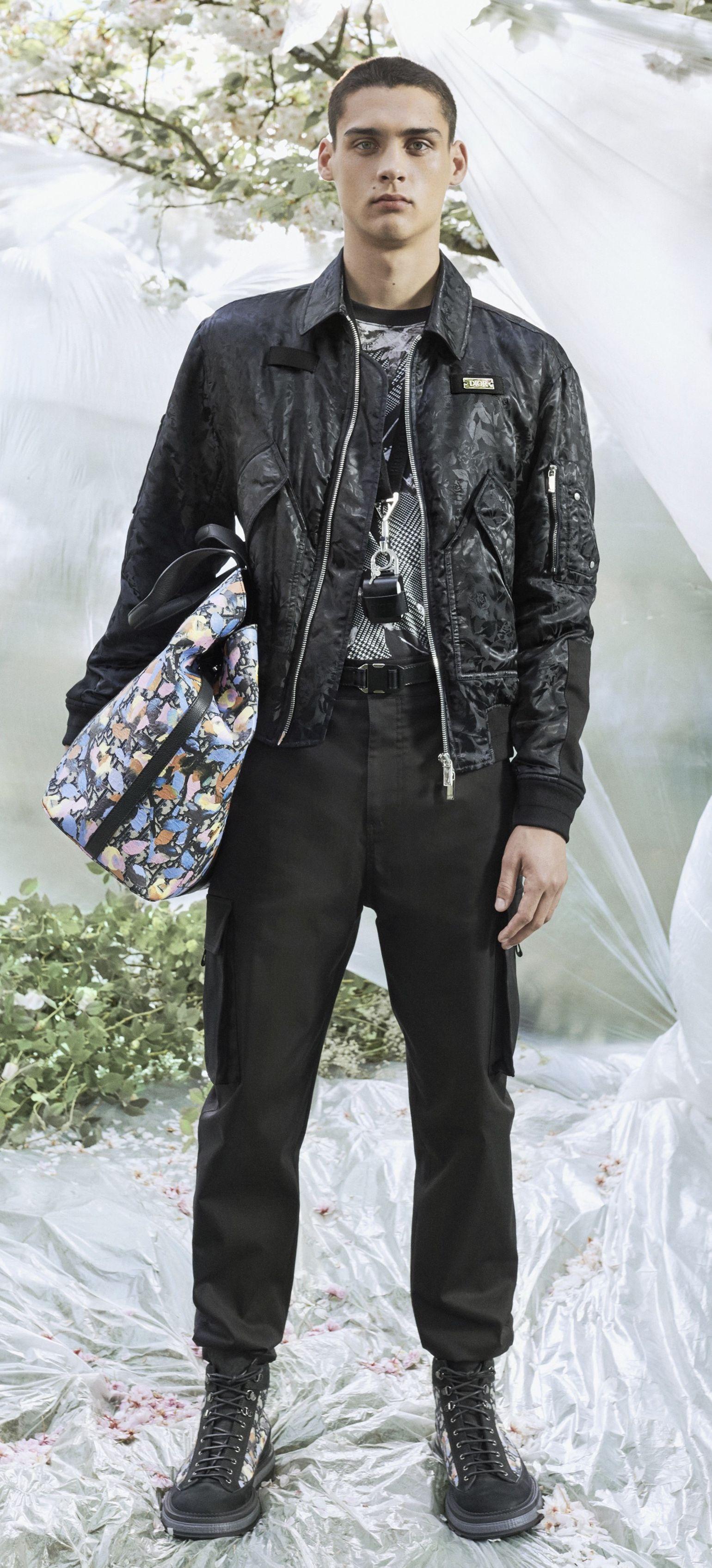 Dior Men By Kim Jones Resort 2020 Look 5 Featuring Ludwig Wilsdorff Fashion Runway Fashion Style Inspiration [ 3389 x 1540 Pixel ]