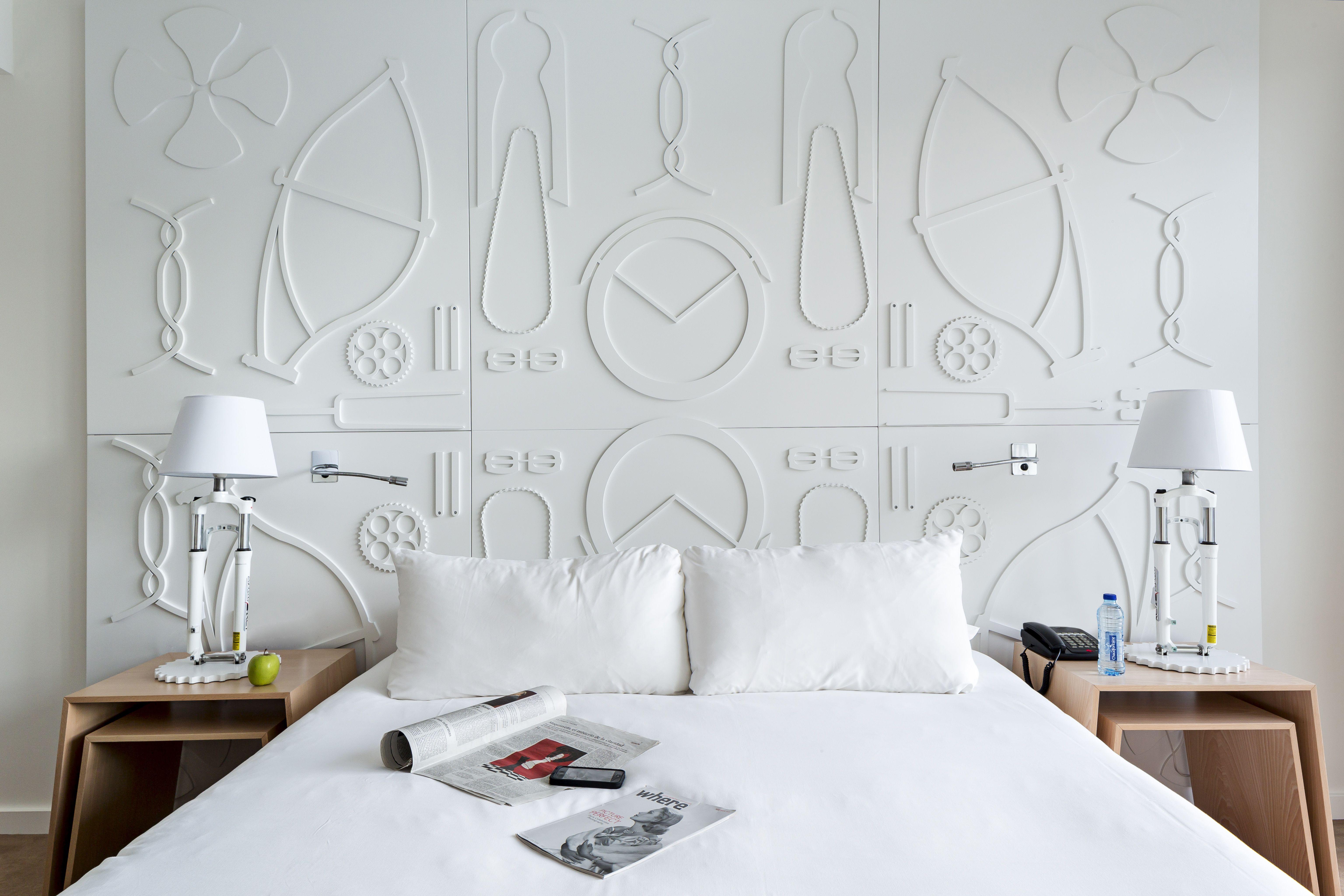 Mit aitana begr t die spanische room mate hotels kette for Design hotel kette