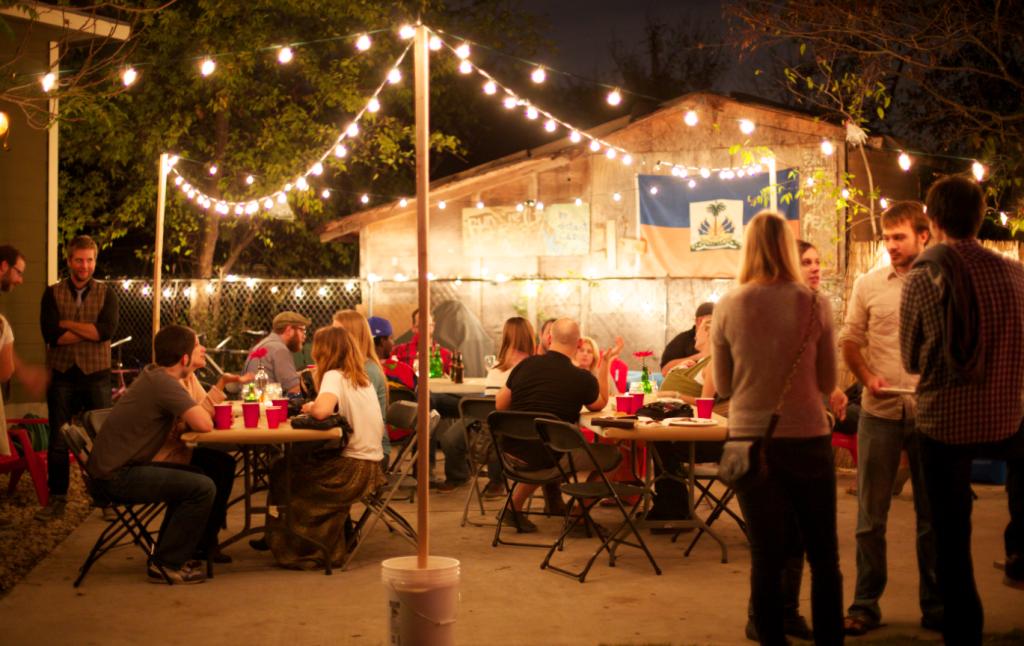 Backyard With Lights Backyard Party Lighting Backyard Bbq Party Backyard Birthday Parties