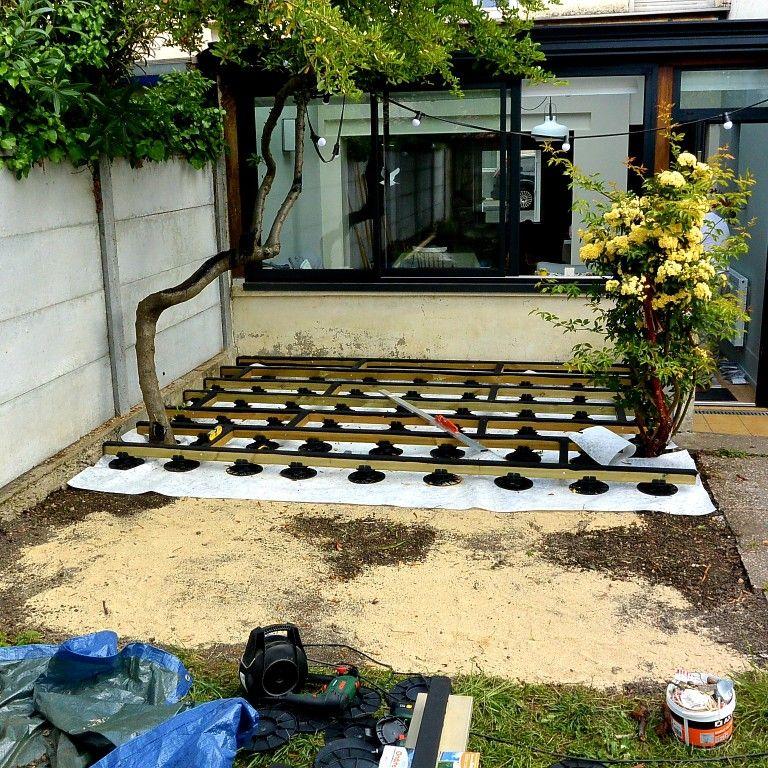 Autoconstruction D Une Terrasse En Bois Composite En 2020 Terrasse Bois Terrasse Terrasse Bois Composite