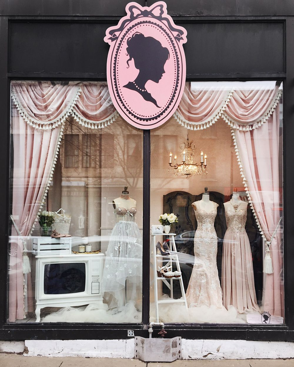 Boutique 1861 Vitrine  Elegance of the Victorian Style #bridalshops