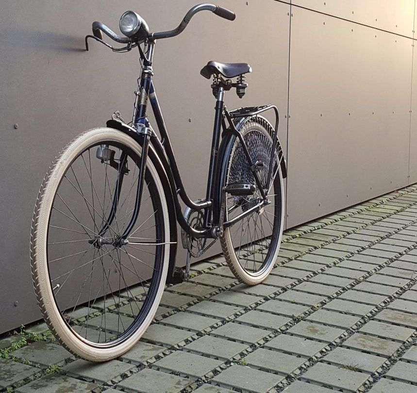 Hercules Damen Oldtimer Fahrrad Past Bikes Fahrrad Kaufen Fahrrad Kaufen Vintage Fahrrad Fahrrad