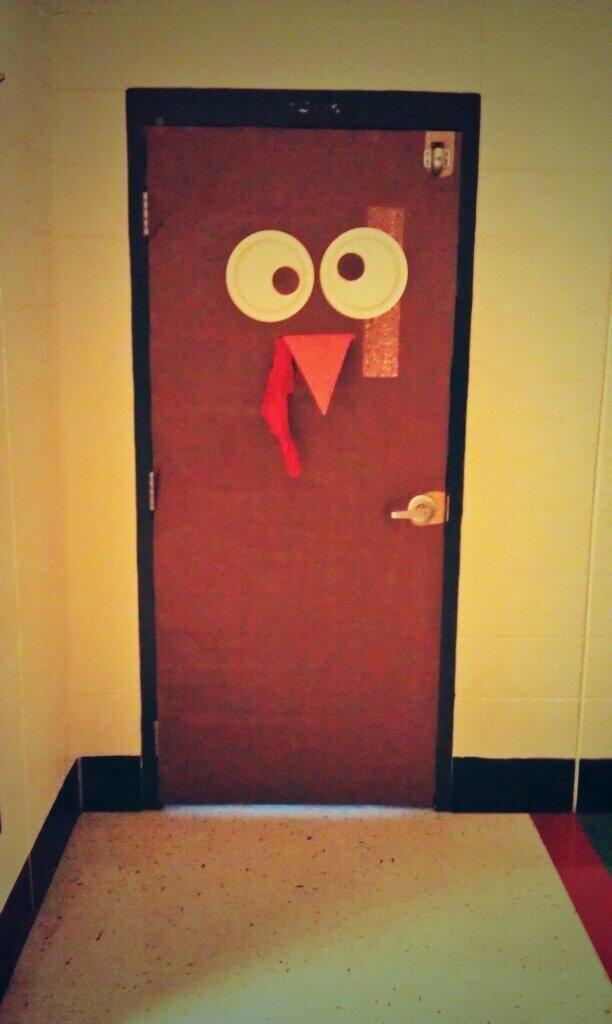 Thanksgiving Door Decorations Thanksgiving Arts And Crafts Classroom Door Decorations Classroom Ideas