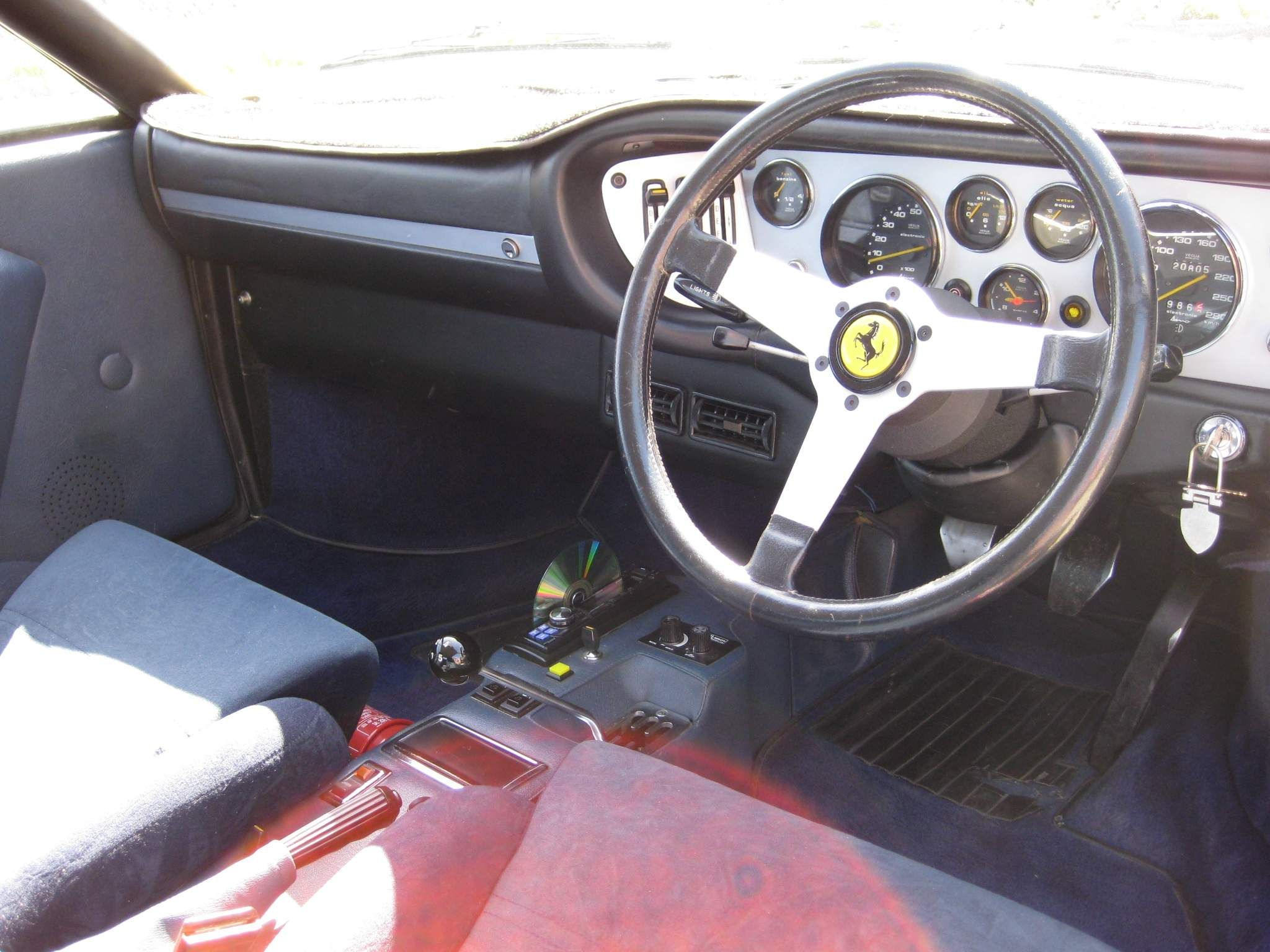 1977 Ferrari 308 GT4 blue for sale Vic-IMG 0886 Ferrari Fissatore