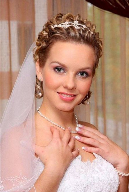 Short Hairstyles Cute Wedding Hairstyles With Tiara And