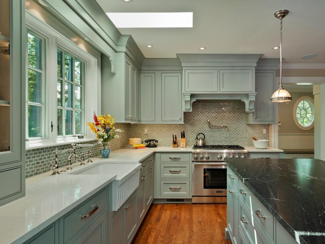 Crave Worthy Kitchen Cabinets Distressed Kitchen Cabinets Diy Distressed Kitchen Kitchen Design