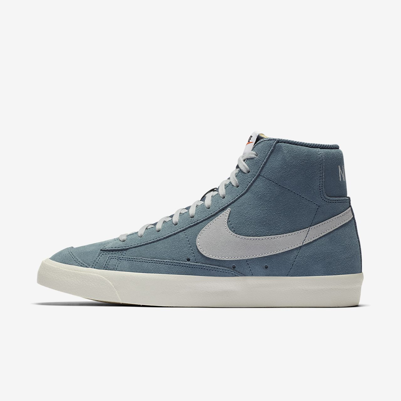 Nike Blazer Mid 77 Shoe Nike Gb Zapatillas Nike Para Hombre Zapatillas Mujer Nike Zapatos Deportivos De Moda
